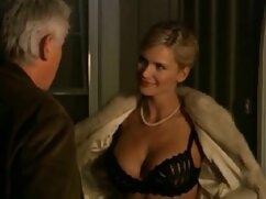 و او شوهرش را نشان داد که چگونه در زمان قاعدگی فیلم سینمایی سکسی با زیرنویس فارسی است